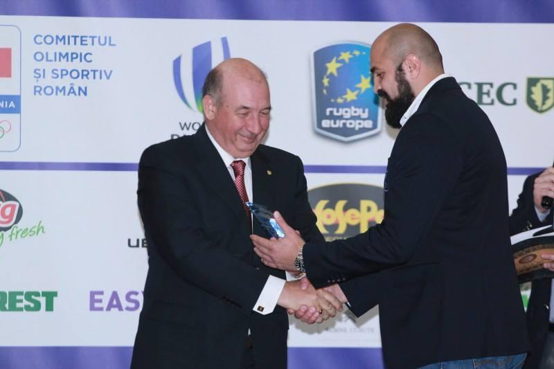 Federatia Romana de Rugby si-a premiat joi seara, cei mai buni sportivi si antrenori.